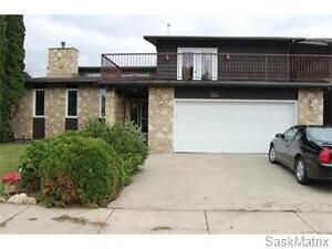 227 Keeley Cres Lakeview home