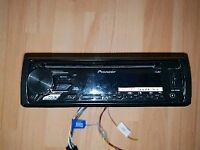 Pioneer CD/USB car stereo - great condition