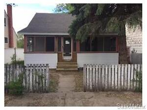 747 Ominica Street E, Moose Jaw, SK
