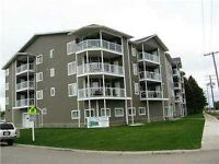 **Available July 1- Beautiful 2 bedroom condo unit on River St.