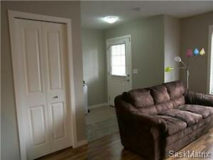 Two Bedrooms Townhouse Condo ~1000sq.ft for Rent ASAP $1600