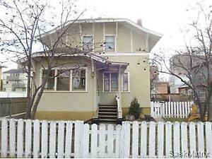 Downtown 3BR 1Den Full House..Available July 1st