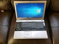 Samsung Intel dual core 4gb ram 500gb hhd webcam hdmi laptop excellent condition