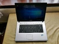 Samsung Intel dual core 2gb ram 160gb hhd laptop webcam excellent condition