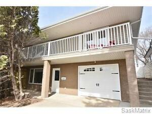 1210 Athabasca Street W, Moose Jaw, SK