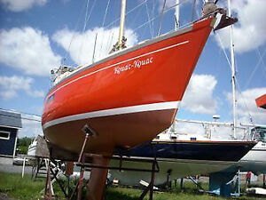 VOILIER DUFOUR 27 SAILBOAT