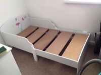 toddlers white bed with mattress 3-7 years