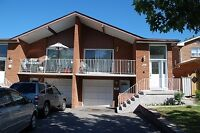 Mississauga Square One, 3 Bedrooms House Utilities Included
