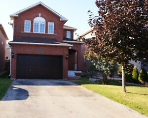 3+1 Bedroom and 3 bathrooms detached home in Maple - Vaughan