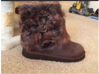 Genuine new UGG Australia boots 4