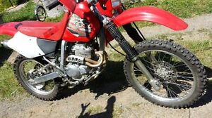 AIR COOLED   4  STROKE   SUPER RELIABLE    X R 2 5 0 R