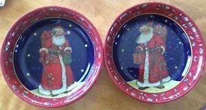 Pair of coordinated Christmas/Santa Serving Bowls