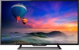 "TRADE & SAVE SALE - SONY BRAVIA 48"" 1080P HD SMART TV, 1 YEAR WARRANTY - OPENBOX SUNRIDGE"