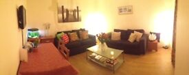 Double room to rent in lovely flat with garden