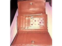 LOVELY LEATHER BROWN PURSE/WALLET