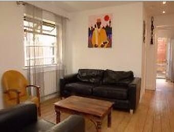Spacious 1 Bedroom Apartment - Brixton