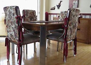 Très beau mobilier de salle à dîner
