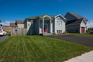 27 Camelot Crescent- Immaculate 4 Bed 2 Bath Single Family Home