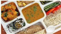 Fresh Indian Vegetarian Food/Tiffin/Roti/Paratha/Puri/Thepla