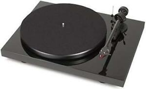 PROJECT Debut Carbon DC Turntable (2M RED) BRAND NEW - ON SALE!