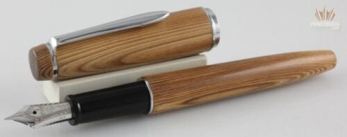Sailor Zaimuko Chizusugi (cedar Wood) With Chrome Plated Trim Fountain Pen Great