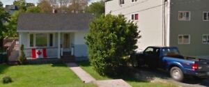 2 bedroom house for SUBLET