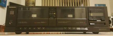 VINTAGE TECHNICS DOUBLE CASSETTE TAPE DECK/MADE IN JAPAN
