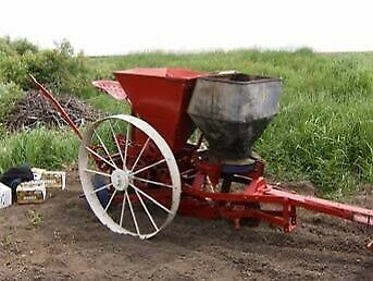 Wanted: Potato Planter and Digger (old vintage )