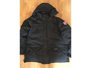 Canada Goose Constable winter parka - black, small size