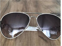 GUESS ladies chain link aviator sunglasses