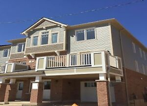 13 Outlook Terrace-OPEN CONCEPT TOWNHOME IN HURON VILLAGE