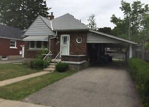 78 Brock St-Great 1 Bedroom Close to Downtown