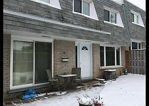 19-14 Williamsburg Road-Gorgeous 3 Bedroom Townhome