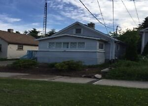 37 Barclay - Immaculate Bungalow Steps from St. Mary's Hospital