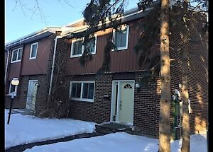 108-121 University Ave East -University Area Rooms for Rent