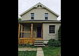 25 Oak St-3 Bedroom Home Close to Kitchener's Downtown Core