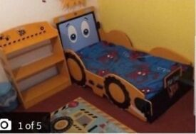 Kids jcb bed excellent condition