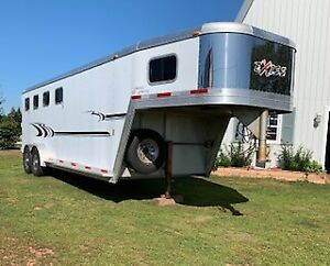 2005 Exiss Limited SS/400 GN 4 horse trailer