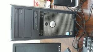 Dell Optiplex GX520 Desktop (Refurbished)