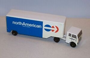 Ralstoy toy / advertising trucks - moving trucks, flat bed