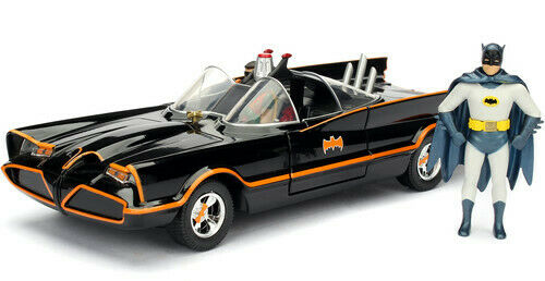 DC Comics 1966 Classic TV Series Batmobile with Batman and Robinfigures; 1:24 Sc