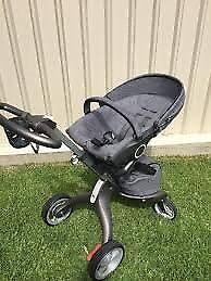 Stokke® Xplory® V4 Stroller - Black Melange (As good as New!)