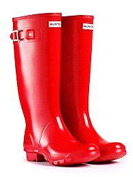 Brand New Tall Hunter Wellies. Size 9 Glossy red.