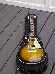 2013 Les Paul Signature T with amo