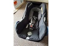 Maxi-Cosi Cabriofix Baby Car Seat- Black Lines
