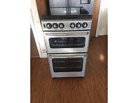 Gas cooker in black n silver 50cm
