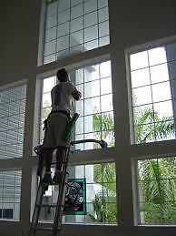 ACCURATE WINDOW CLEANERS -EAVESTROUGH CLEANING - 519-719-1800 London Ontario image 3