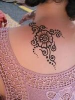 Henna tattoo in downtown