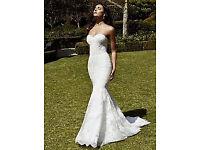 Enzoani Iberia Ivory Mermaid / Fishtail Wedding Dress