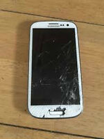used white samsung S3 with cracked screen